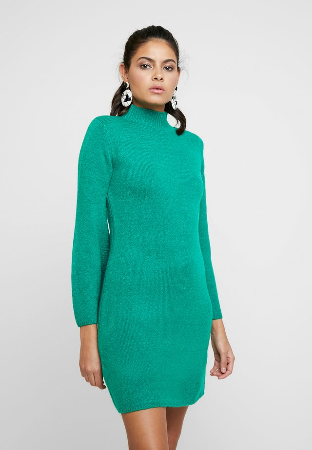 DRESS - Pletené šaty - bright green