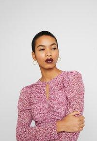 Bardot - CHARLOTTE DRESS - Robe fourreau - pink haze - 4