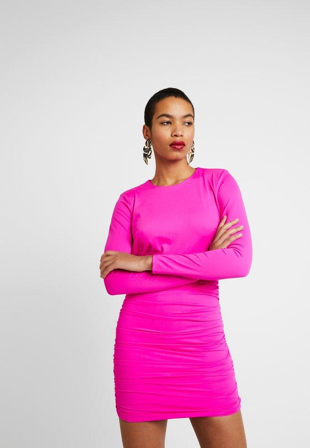 ELENA DRESS - Cocktailkjoler / festkjoler - pink shock