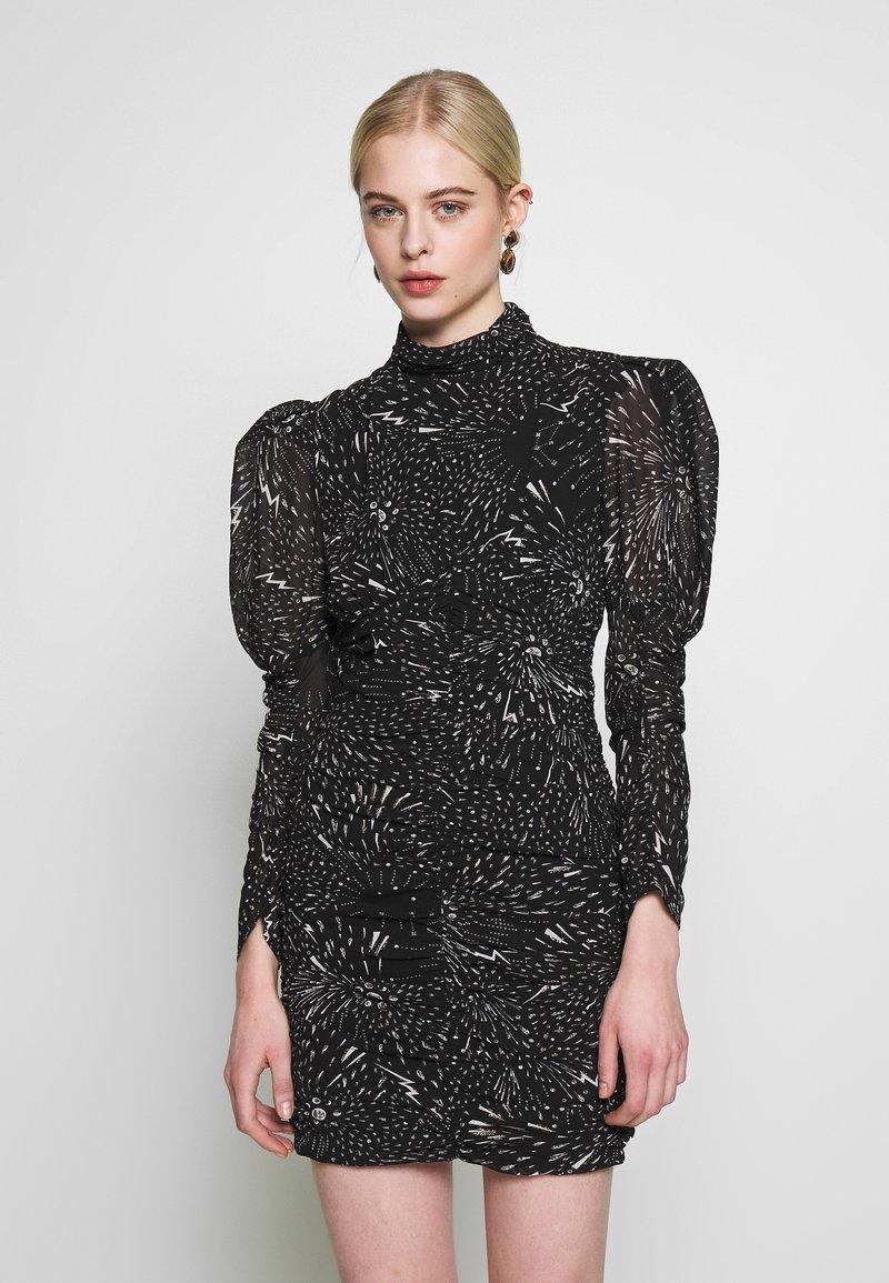 Bardot - CONSTELLATION DRESS - Pouzdrové šaty - black/white