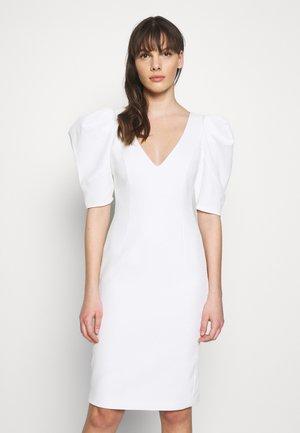 FERGIE DRESS - Sukienka koktajlowa - ivory