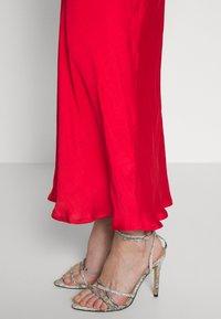 Bardot - JASSIE SLIP DRESS - Denní šaty - fire red - 5