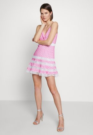 CAMILLE DRESS - Korte jurk - shock pink