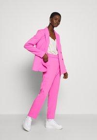 Bardot - PARISIENNE - Blazer - pink pop - 1