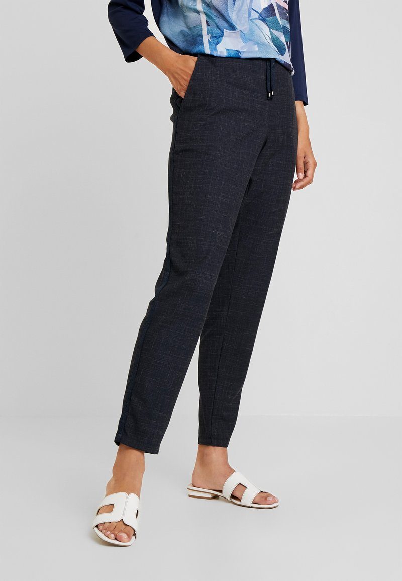 Betty & Co - Stoffhose - navy blue