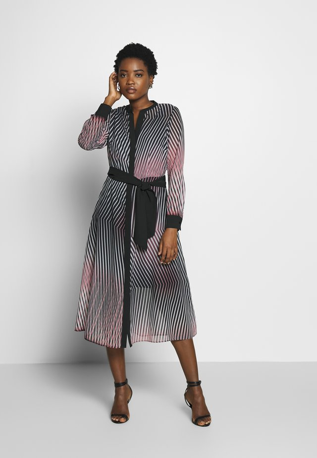 Korte jurk - rosé/black
