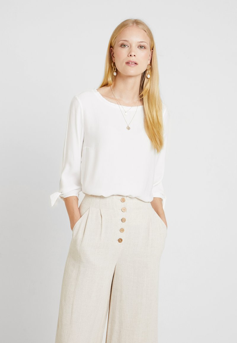 Betty & Co - Blouse - white