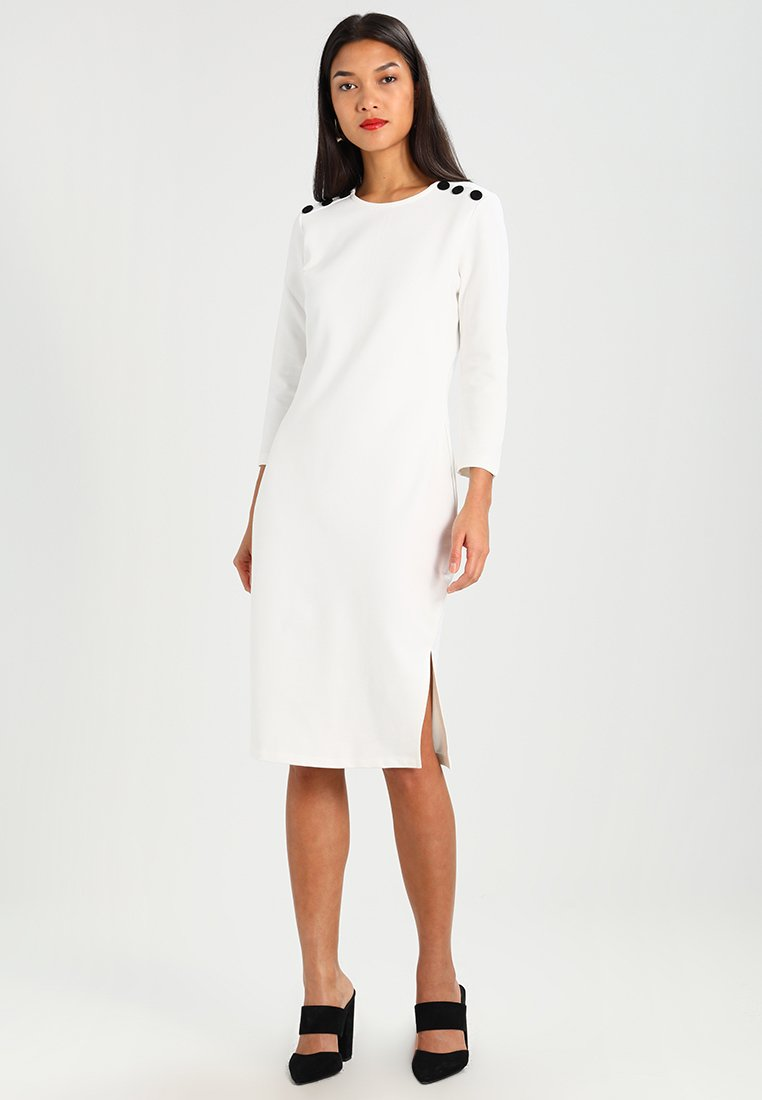 Baukjen - BRYNNE DRESS - Jersey dress - soft white