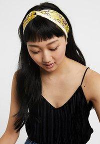 Becksöndergaard - HEADBAND SHELBY - Hair Styling Accessory - yellow - 1