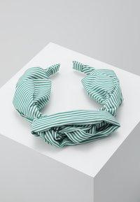 Becksöndergaard - SUMMER STRIPES HEADBAND - Hair styling accessory - grass green - 0