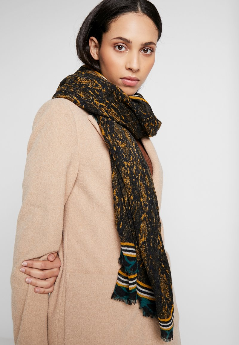 Becksöndergaard - KINSLEY SCARF - Szal - golden yellow