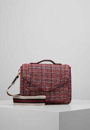 LOVISH MARA BAG - Handbag - fiery red