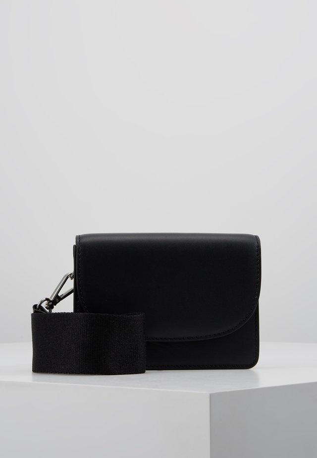 SHAI - Bum bag - black
