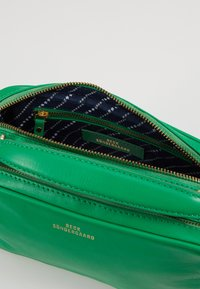 Becksöndergaard - FEELS BAG - Handväska - fern green - 4