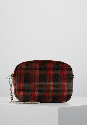 CHEY PICA BAG - Across body bag - red