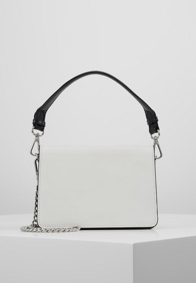 SHILA BAG - Taška spříčným popruhem - white
