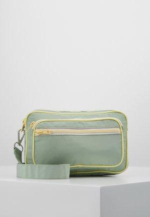 MOLLY BAG - Olkalaukku - silt green