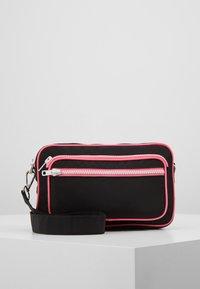 Becksöndergaard - MOLLY BAG - Across body bag - black - 0