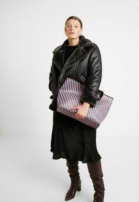 Becksöndergaard - BESRA LOTTA BAG - Shopping bag - pink - 1