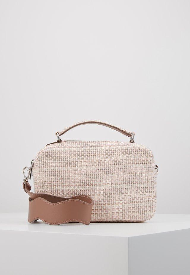 BEAU FEELS BAG - Handtasche - pink lavender