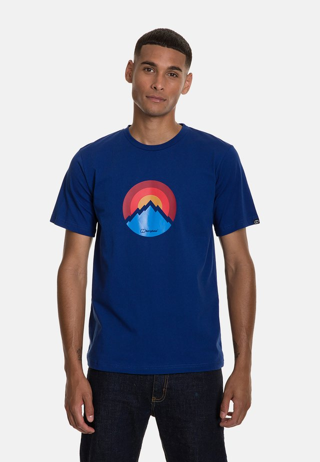 MODERN MOUNTAIN  - Print T-shirt - blue