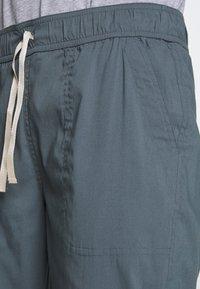 Burton - JOY PANT - Pantalon classique - dark slate - 4