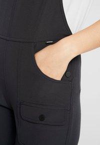 Burton - CHASEVIEW OVERALL - Kalhoty - true black - 4