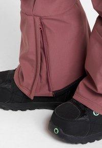 Burton - AVALON BIB - Zimní kalhoty - rose brown - 6