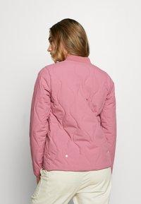 Burton - KILEY  - Outdoor jacket - rosebud - 2