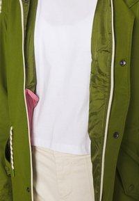 Burton - WOMENS SADIE JACKET - Outdoor jacket - pesto green - 7