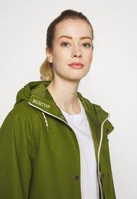 Burton - WOMENS SADIE JACKET - Outdoor jacket - pesto green - 4