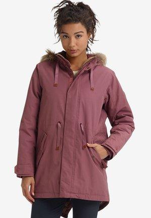 SAXTON - Down coat - pink