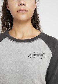 Burton - KEELER CREW - Mikina - grey heather/phantom - 4