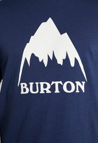 Burton - CLASSIC MOUNTAIN HIGH - Camiseta estampada - dress blue - 5