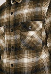 Burton - BRIGHTON  - Skjorta - olive - 6