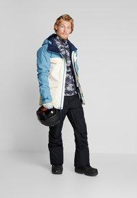 Burton - COVERT - Snowboard jacket - off-white - 1