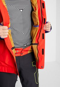 Burton - GORE DOPPLER - Snowboard jacket - red - 7