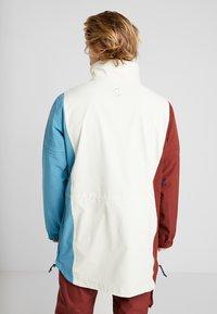 Burton - RETRO - Snowboardová bunda - almond milk/multi - 2