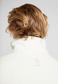 Burton - RETRO - Snowboardová bunda - almond milk/multi - 7