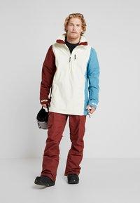 Burton - RETRO - Snowboardová bunda - almond milk/multi - 1