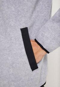Burton - HEARTH  - Bluza z polaru - gray heather - 3