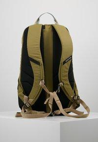 Burton - DAYHIKER 25L              - Backpack - olive - 2