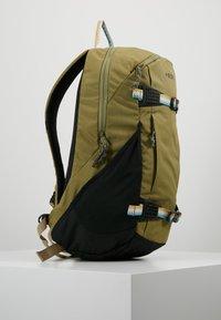Burton - DAYHIKER 25L              - Backpack - olive - 3
