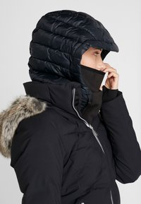 Burton - INSULATED - Lue - true black - 4