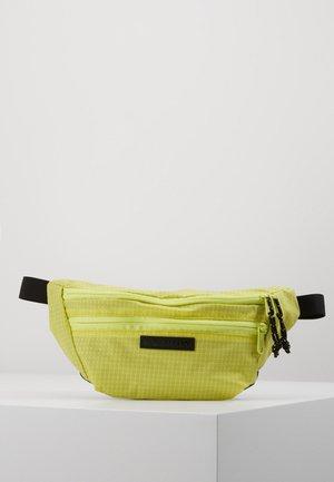 HIP PACK - Treningsbag - limeade