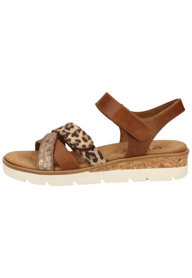 Sandalen met plateauzool - mittelbraun 42