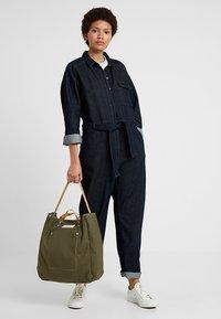 Bag N Noun - TOOL BAG - Shoppingväska - olive - 5