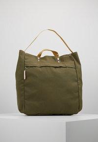 Bag N Noun - TOOL BAG - Shoppingväska - olive - 0