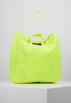 TOOL BAG - Shoppingveske - nyel