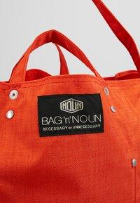 Bag N Noun - TOOL BAG - Shoppingväska - red - 7